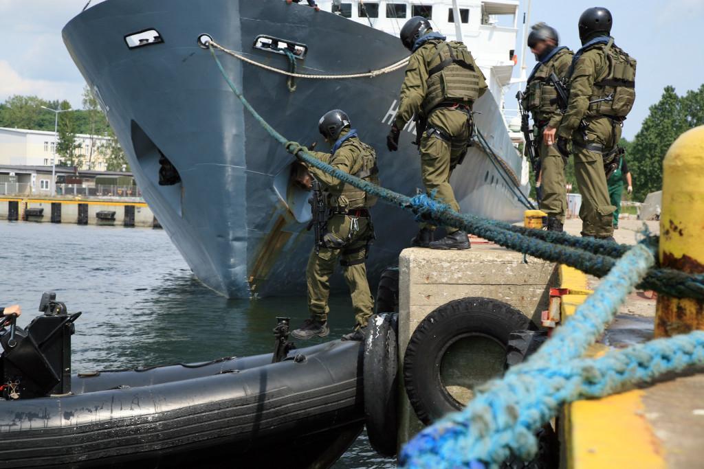 porti turistici e minaccia terrorismo
