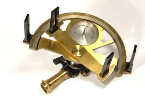 Grafometro nautico - strumenti di navigazione vecchi