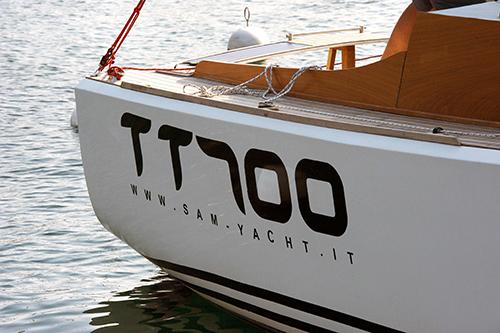 TT700