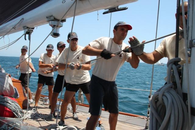 Capricia in regata a Grandi Vele a Gaeta nel 2012