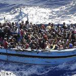 Cosa fare se si incontra un barcone di migranti